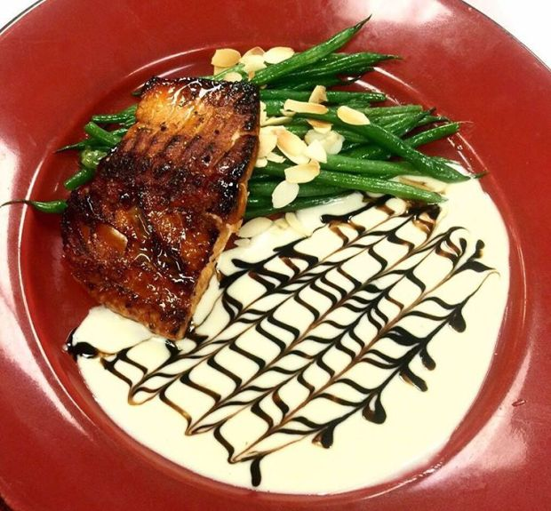Tonight Jasmine Porch launches their new Fall Dinner Menu - so sit back, relax and let Chef Cote do the cooking. 🍴 #chseats #salmon